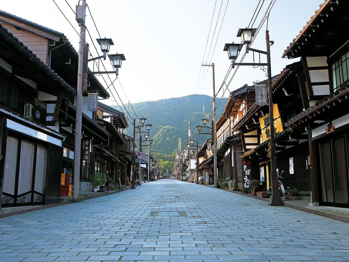 Inami (Yokamachi Dori)_1