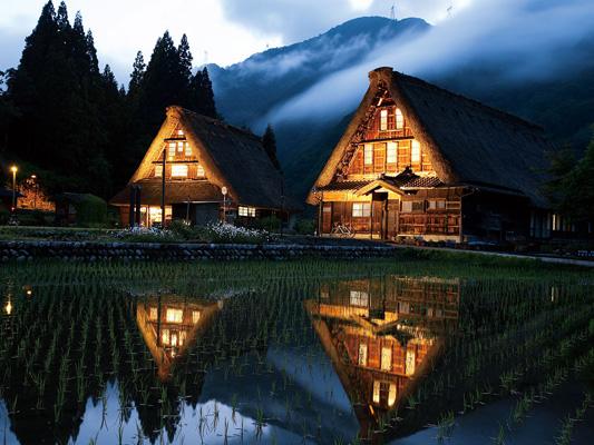 Gokayama Gassho-style village