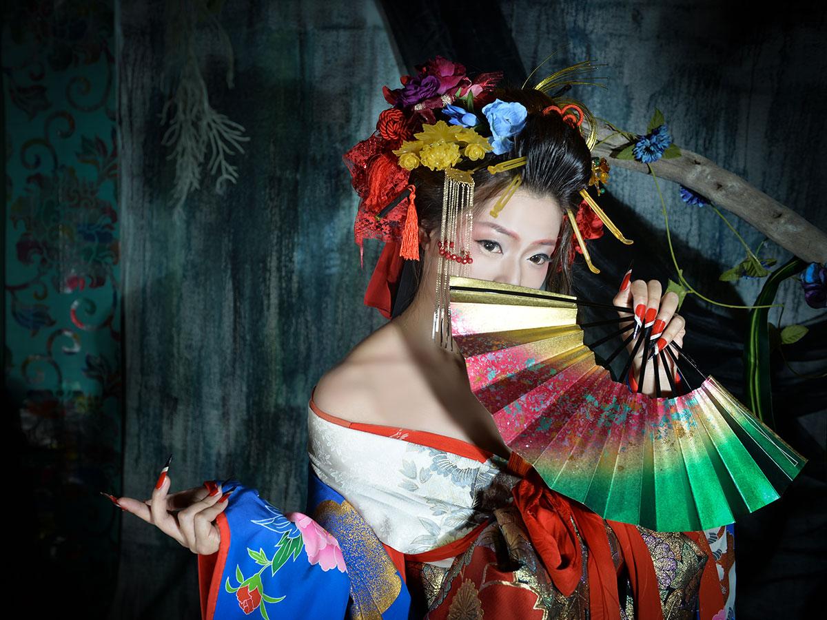 "Gotokuya Jube  Sesión fotográfica (estilo ""Geisha"")_1"